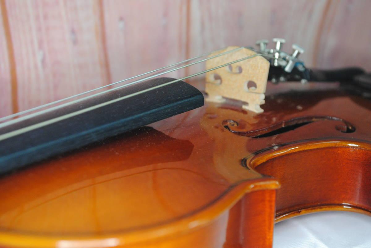 F549.鈴木◇バイオリン◇弦楽器◇SUZUKI◇No.200◇1/8サイズ◇ハードケース入り◇弓付き◇音楽◇コレクション_画像9