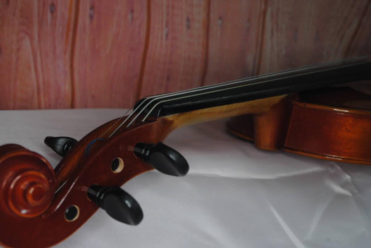 F549.鈴木◇バイオリン◇弦楽器◇SUZUKI◇No.200◇1/8サイズ◇ハードケース入り◇弓付き◇音楽◇コレクション_画像8