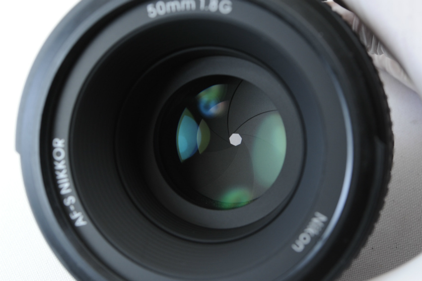 【ecoま】ニコン NIKON AF-S 50mm F1.8 G フード付 単焦点 オートフォーカスレンズ_画像7
