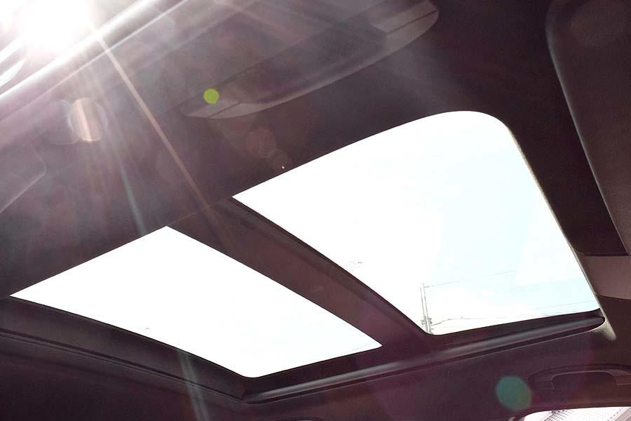 人気のMスポーツ レザー調シート BMWX1 Sドライブ18iMスポーツ サンルーフ! 販売目的の方はご遠慮下さい 現車確認如何ですか?_画像4