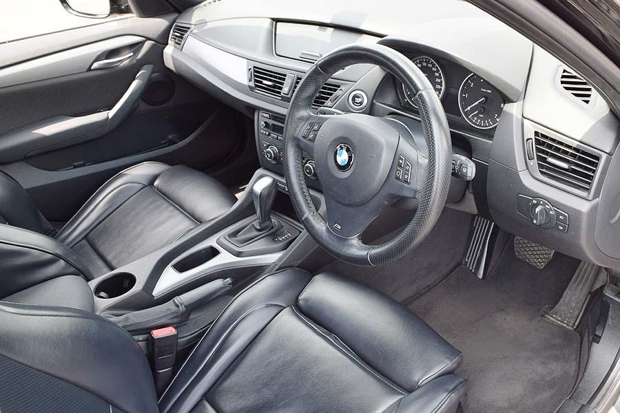 人気のMスポーツ レザー調シート BMWX1 Sドライブ18iMスポーツ サンルーフ! 販売目的の方はご遠慮下さい 現車確認如何ですか?_画像7