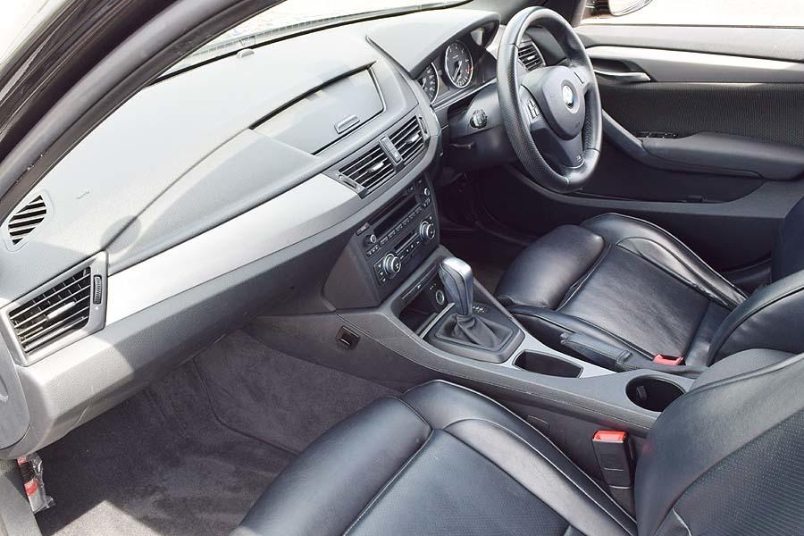 人気のMスポーツ レザー調シート BMWX1 Sドライブ18iMスポーツ サンルーフ! 販売目的の方はご遠慮下さい 現車確認如何ですか?_画像8