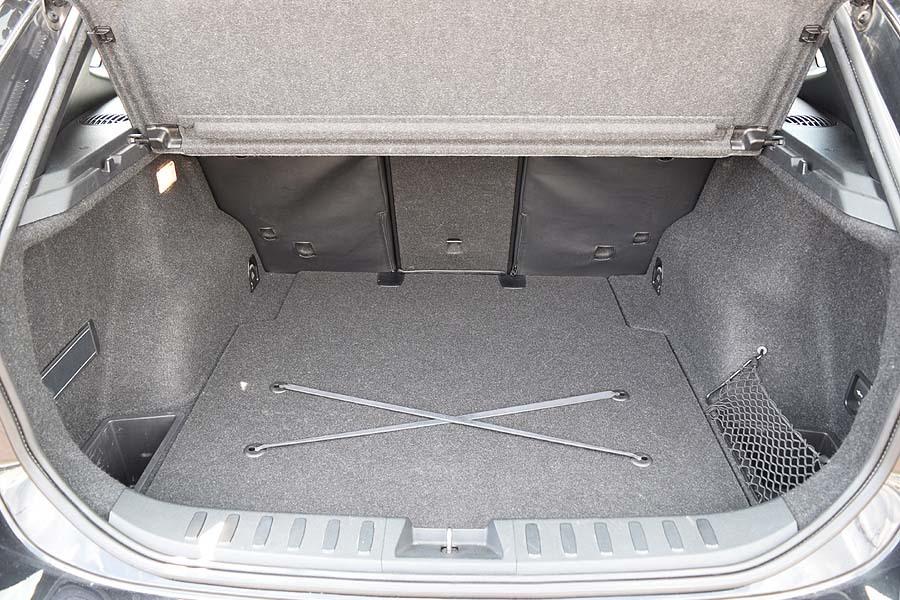 人気のMスポーツ レザー調シート BMWX1 Sドライブ18iMスポーツ サンルーフ! 販売目的の方はご遠慮下さい 現車確認如何ですか?_画像10