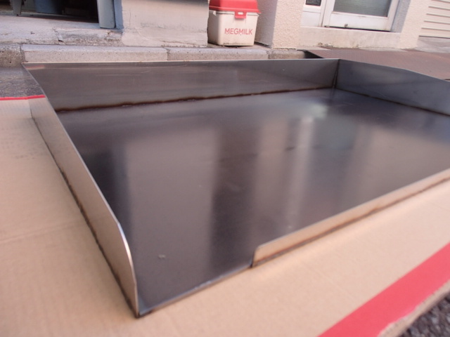 即落札 新品未使用 鉄板 のみ 業務用 鉄板焼 900×550 グリラー グリドル 鉄板厚み6mm お好み焼き 焼きそば ステーキ等 鉄板焼き 鉄板のみ_画像4