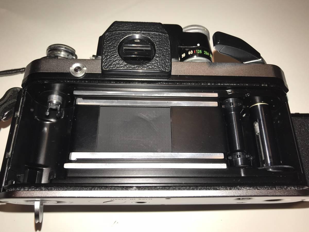 ★動作確認済・極上美品★ニコンNikon F2 フォトミック A ・フイルム一眼レフカメラ + Nikkor 35mm f 1:2レンズ&Nikkor 50mm f1:2_画像4