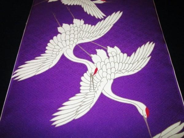 【京わぎれ】正絹 長襦袢はぎれ 飛び鶴柄 紫色地 菱地紋生地 替え袖用2.2m③_画像2