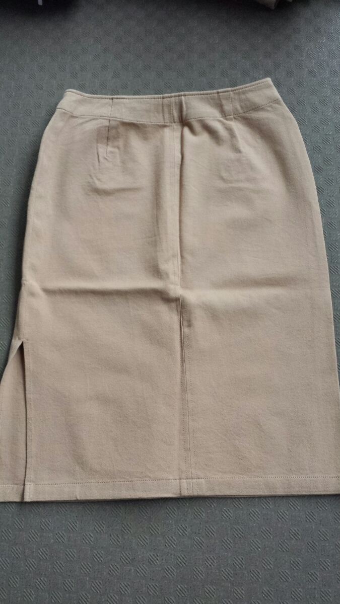 未着用 DGRACE スカート W36 63cm