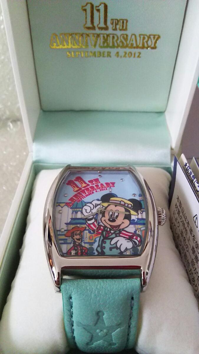 送料無料 新品 未使用 ディズニーシー TDS 11周年 ウォッチ 腕時計 ミッキー ウッディ トイ・ストーリーマニア ピクサー_画像1