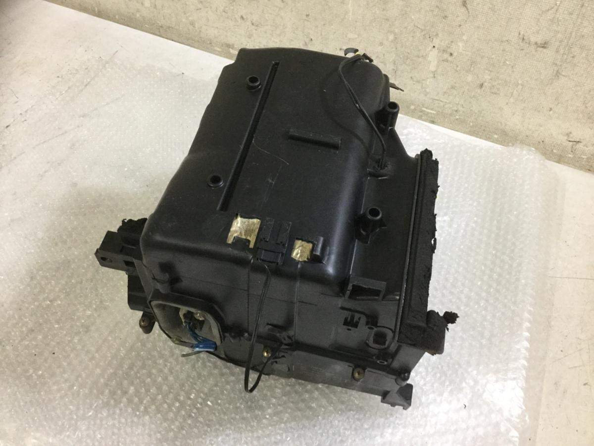 o188075427 スカイライン R32 純正 エアコン エバポレーター_画像4