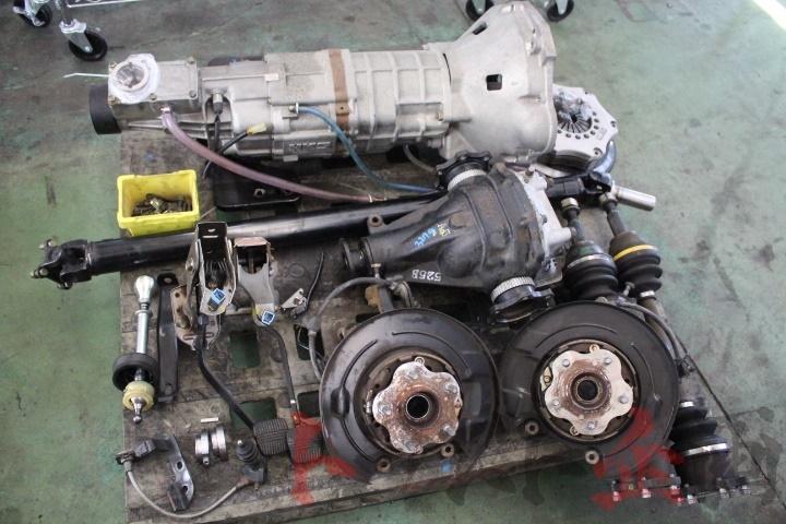 3278328 HKS 5速 ドグミッション GT-R デフ ドラシャ ハブ 載替キット スカイライン HCR32 後期 2ドア トラスト企画 大特価セール_画像1
