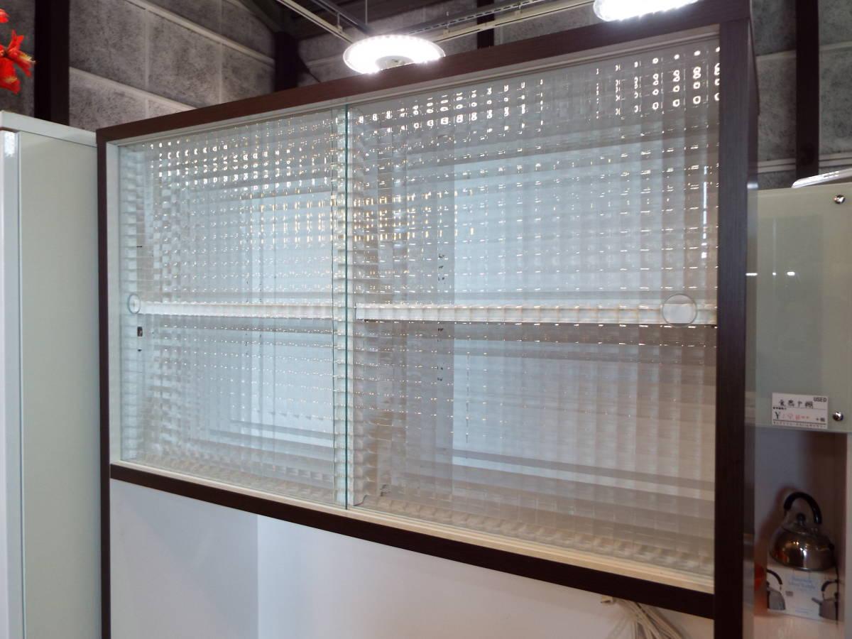 【愛知店舗】3.000円から配送できます☆食器戸棚 キッチンボード 大きさ80×40×180㎝ コンセント付_画像4