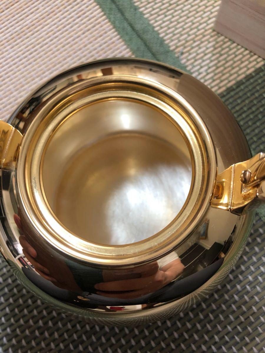 純銀鍍金 竹翁堂作 純銀刻印 共箱 未使用 湯沸 日本茶道具 煎茶 銀瓶 口径7cm 直径14cm 高20cm 重580g 容量1リットル_画像7