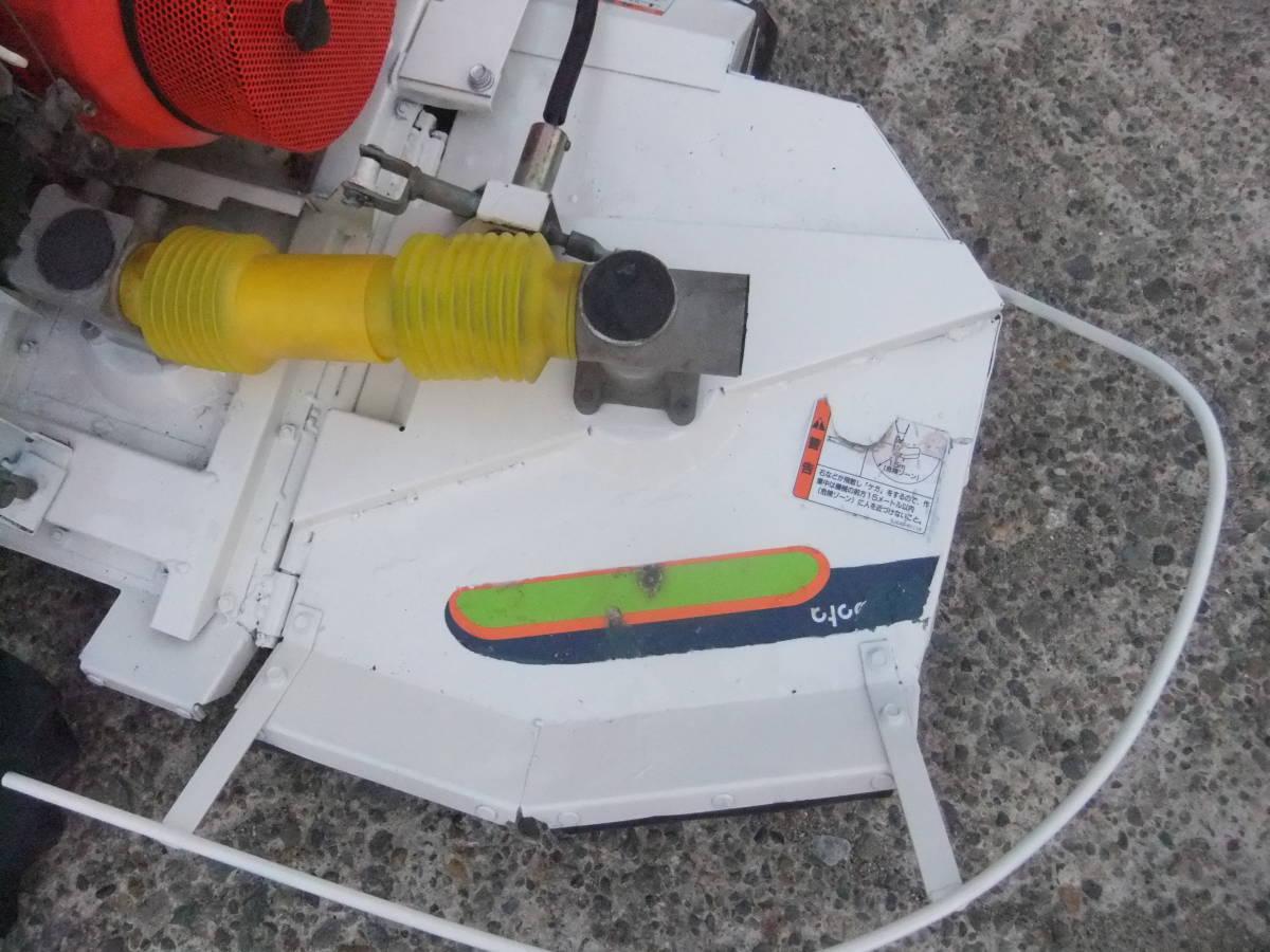 草刈機自走式クボタGC700 ロータリーモア ウイングモア滑りにくい2WD最大6.0馬力★格安です。_画像3