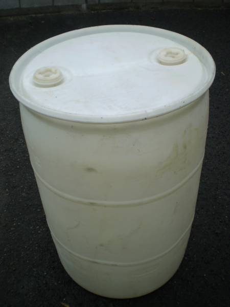 プラスチックドラム白 食品飲料用 貯水食品保管タンク 丈夫 美品