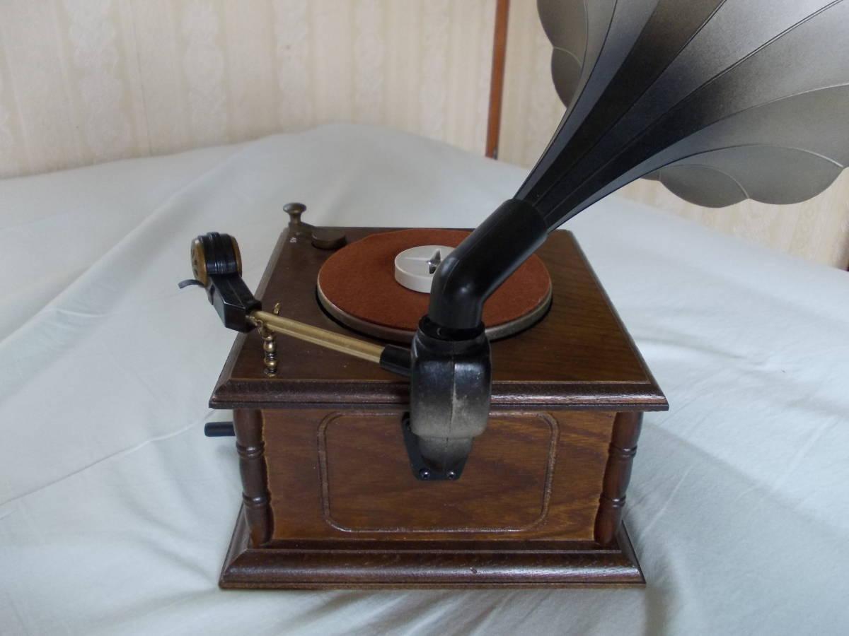 蓄音機型プレーヤー。完品。_画像3