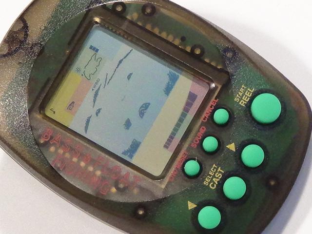 バンダイ マメブルッ! BASS&FLOAT FISHING 1997 レトロ ゲーム 液晶 lsi lcd フィッシング 釣り バス フロート リアル 振動 おもちゃ 2_画像5