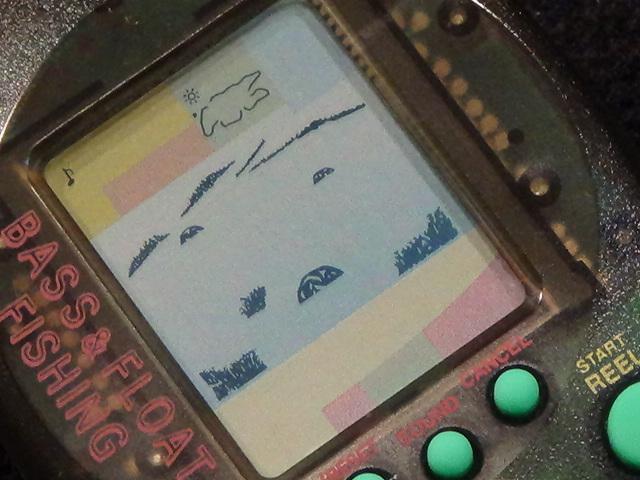 バンダイ マメブルッ! BASS&FLOAT FISHING 1997 レトロ ゲーム 液晶 lsi lcd フィッシング 釣り バス フロート リアル 振動 おもちゃ 2_画像4
