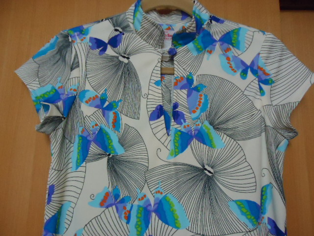 即決 ハワイ リバティハウス ビンテージ ワンピース クリーム色 蝶柄 XS _画像1