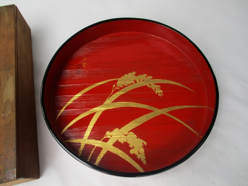 ■ 旧家蔵出し 盆 金蒔絵[コメ] 銘■ 天然木 米寿 祝い 漆器 木箱№3811■_画像2