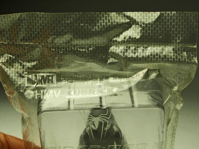 【キューブリック ブラックスーツド スパイダーマン】★非売品か★HMVコラボ★MARVEL SUPER HEROES★未開封★SPIDER-MAN★MEDICOMTOY★_画像3
