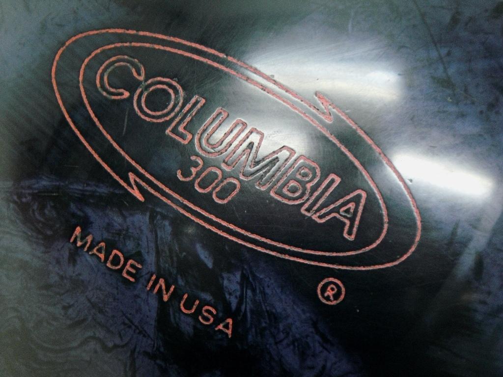【SZ4489】中古 ボウリングボール/球 COLUMBIA300 コロンビア300 フルスイング 約6.6kg 14.5ポンド used_画像2