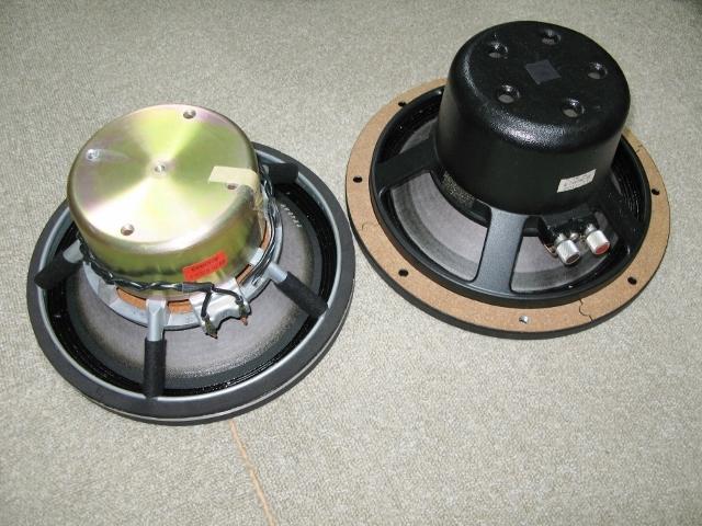 超貴重 ★ EXCLUSIVE S5用アルニコウーファー TL-1102と同等品? ★新古品!_TL-1102との比較です。(右側TL-1102)