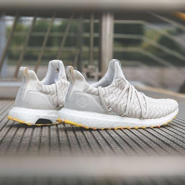 6fbe11177337a A KIND OF GUISE×adidas consortium ULTRA BOOST!AKOGUS10 boost console  -siamyeezynmd
