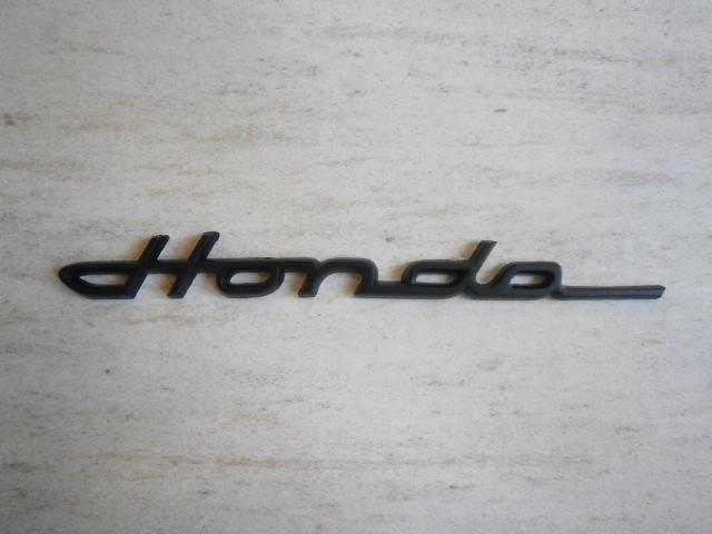 ホンダ HONDA 黒 クラシックエンブレム ブラック 筆記体 モンキー ゴリラ エイプ シャリー DAX Dio ズーマー リトルカブ 旧車