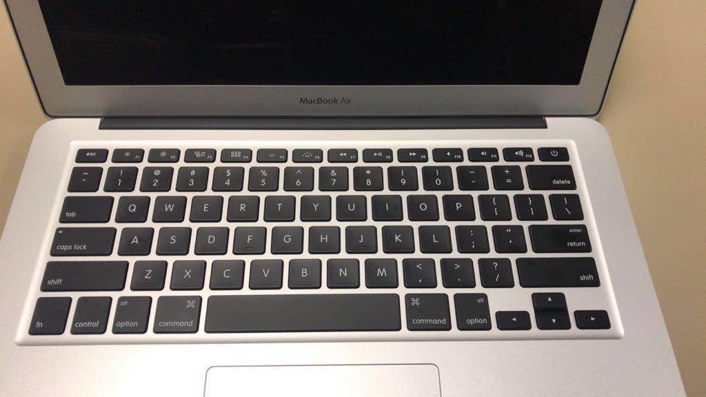 MacBook Air 2015 13 13.3 inch US Keyboard メモリ8GB SSD 128GB Office 付き_画像2