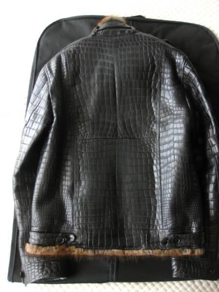 即決 新品同様 定価1200万円以上 ドルチェ&ガッバーナ最高峰毛皮付きクロコダイルレザーブルゾン☆46サイズ ブラック_画像2