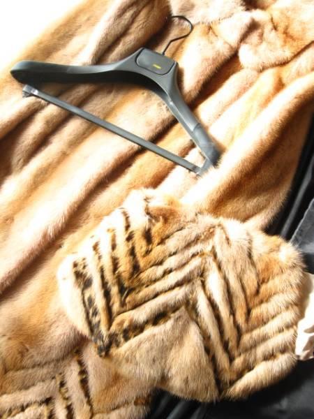 即決 新品同様 ハンガー、ガーメントケース付 FENDI フェンディ最高級ミンクファー毛皮コート40サイズ_画像2