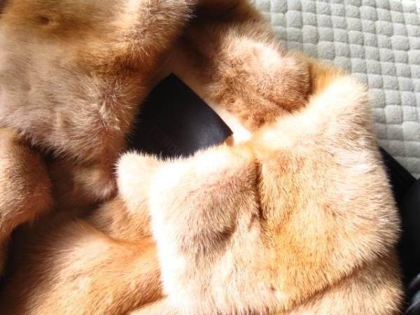 即決 新品同様 ハンガー、ガーメントケース付 FENDI フェンディ最高級ミンクファー毛皮コート40サイズ_画像3