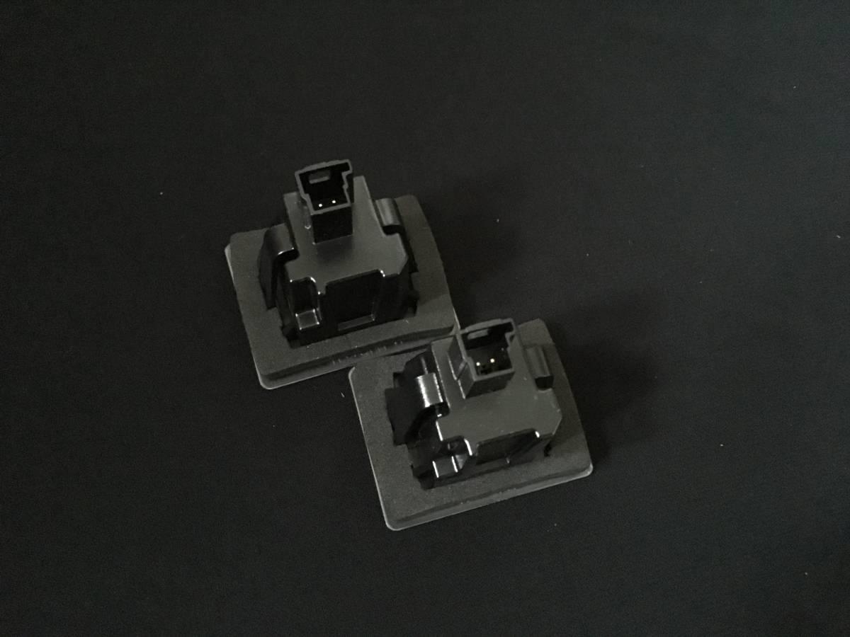 リア/トランク/ライセンス/LED/ナンバー灯/ランプ/BENZベンツX204後期/GLK350AMG/4マチック/エクスクルーシブ/スポーツ/パッケージ/SCHWARZ_画像2
