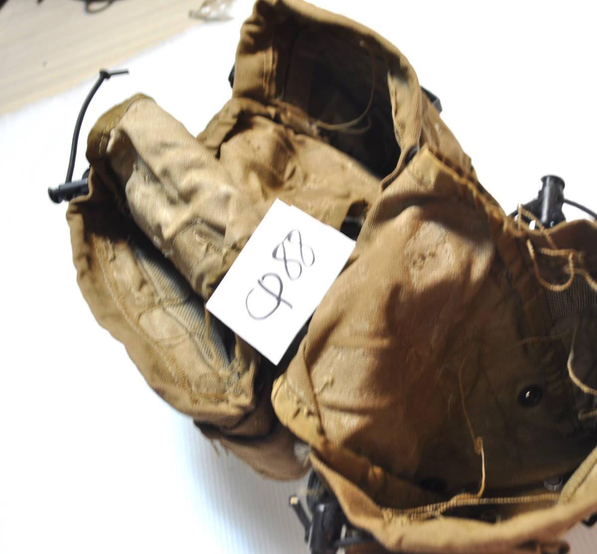 実物 米軍放出品 USMC アメリカ海兵隊 1QT コヨーテキャンティーンポーチセット /水筒 マガジン m4 m16 scar 収納 filbe FSBE リーコン ge_画像2