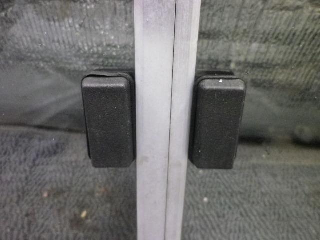 ハイゼット ジャンボ S80P S81P S80 S81 S82P S82 純正 リアガラス スライドガラス スライド 開閉式 即決_画像7