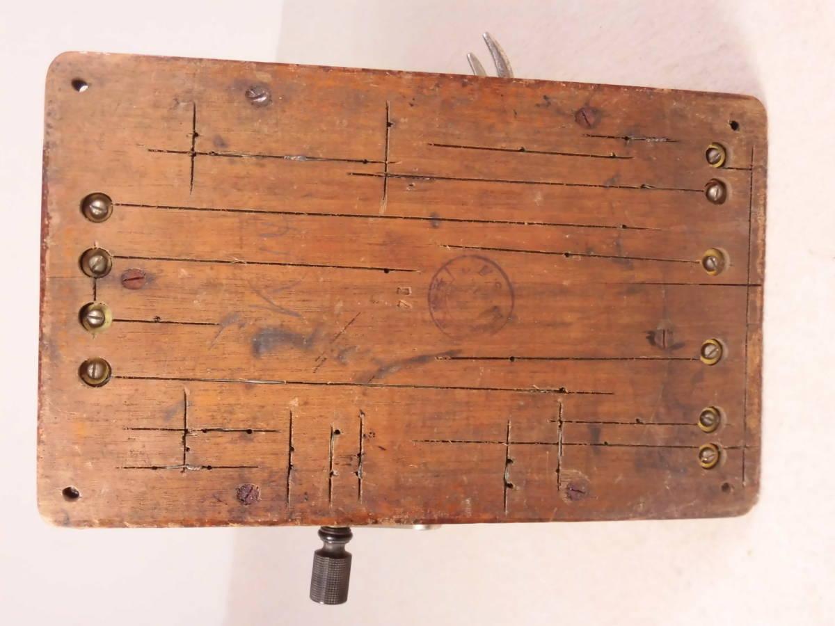 昭和レトロ 【 古い 木製 電話機 デルビル磁石式壁掛電話機?手回し 】 飾り ディスプレイ_画像10