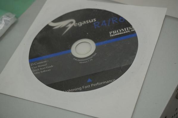 プロミス PROMISE Pegasus R6 外付けHDDドライブ HDDなし 現状品_画像4