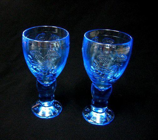 Riihimaen Lasi Rihimaen-brush Tutti Frutti Tutti Frutti Nanny Still Nanny Still wine glass two legs set pair