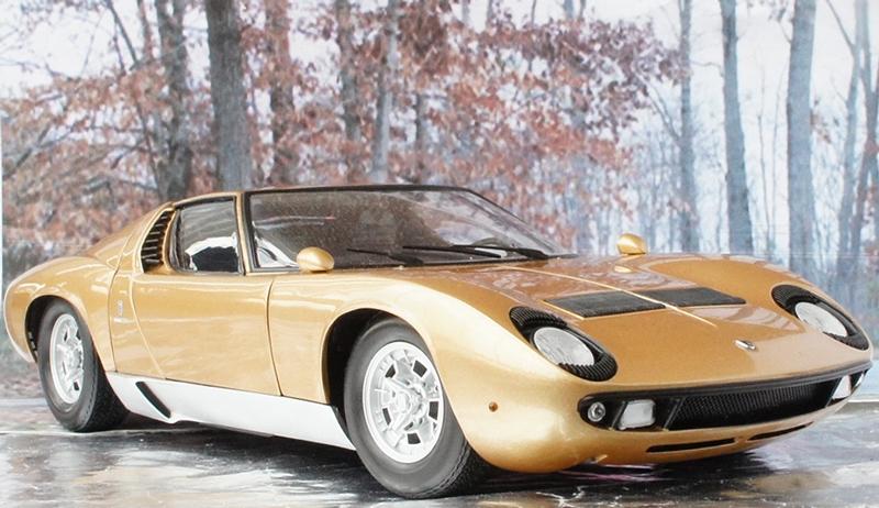 Kyosho 1 18 1965 Lamborghini Miura P400 Gold Lamborghini Miura Gold