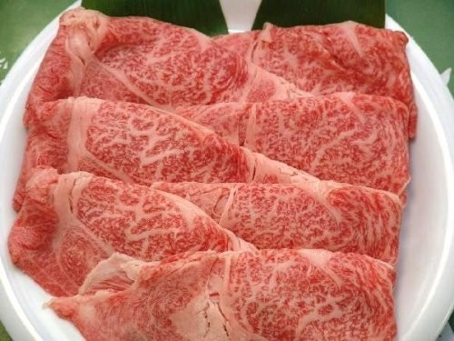 """Kuroge of triple of the well-established store """"Ise Matsusaka meat river city"""" beef sukiyaki Ude meat 500g grade A4 (the day of Mother's Day gift gifts gifts father)"""