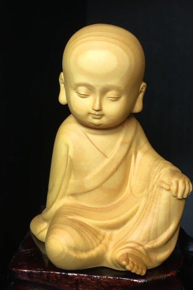 仏教美術 柘植 木彫り 木製 手のひらサイズ 癒し系 小僧 仏像 観音  置物 3点セット 木造台付き_画像4