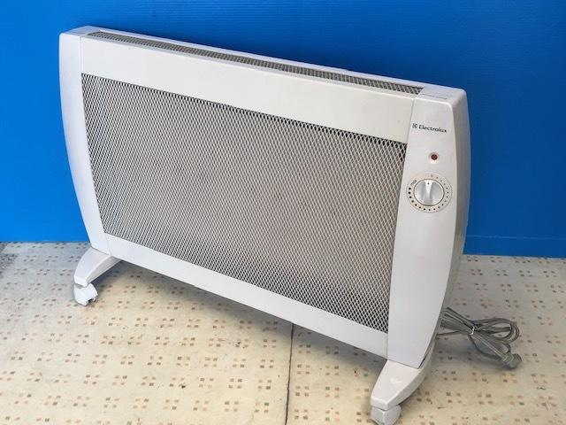 【お買い得】★Electrolux/エレクトロラックス★遠赤外線パネルヒーター EPH-302