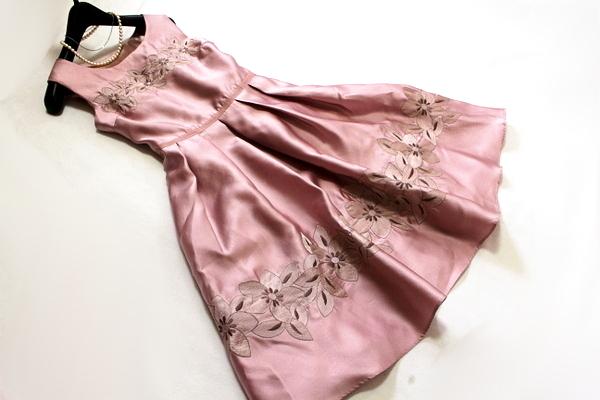 未使用 ◇ 上品 ベルト付き フラワー刺繍 ウエスト ツイスト フォーマル ノースリーブ ワンピース パーティ ドレス M 9号 ピンク ①_画像3