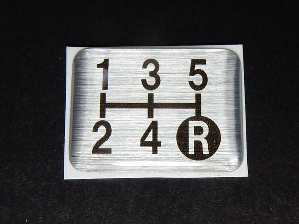 Tuningfan シフトパターン エンブレム 5速MT車用 5MT マニュアル シール ステッカー プレート 日本製 三菱ふそう日野いすゞUD 車検 必須_画像3