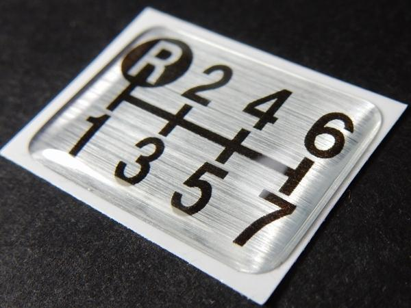 Tuningfan シフトパターン エンブレム 7速MT車用 ギガ スーパーグレート ドルフィン プロフィア ビックサム クオン いすゞ日野ふそうUD_画像2
