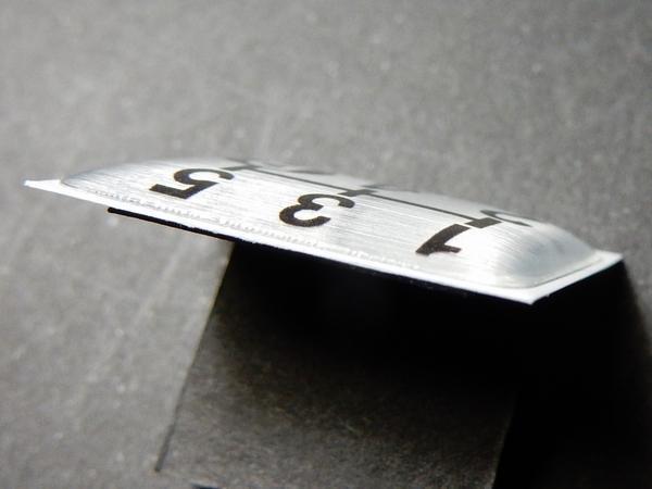 Tuningfan シフトパターン エンブレム 5速MT車用 5MT マニュアル シール ステッカー プレート 日本製 三菱ふそう日野いすゞUD 車検 必須_画像4
