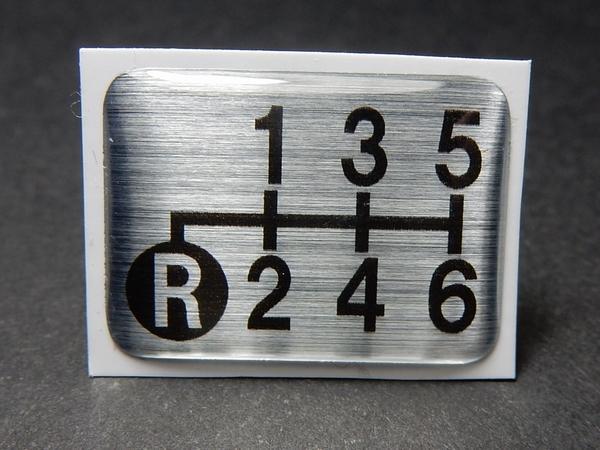 Tuningfan シフトパターン エンブレム 左下R 6速MT車用 6MT レンジャー フォワード コンドル ファイター デコトラ 水中花 クリスタル_画像3
