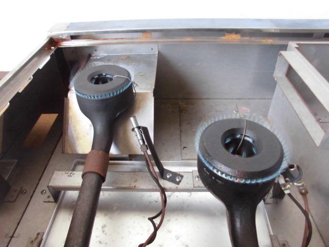 中古厨房 未使用品 サンウェーブ 卓上 2口コンロ+グリドル LPガス 圧電式 GK-75H W750×D600×H280mm 取説付 B 鉄板 プロパン_画像5