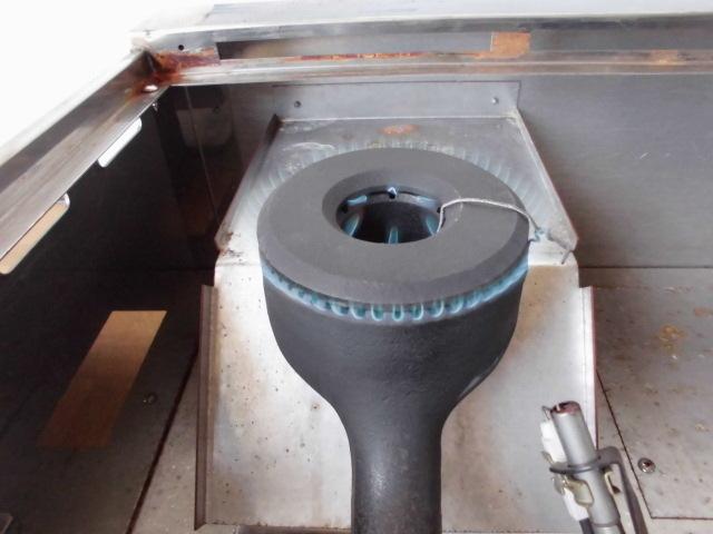 中古厨房 未使用品 サンウェーブ 卓上 2口コンロ+グリドル LPガス 圧電式 GK-75H W750×D600×H280mm 取説付 B 鉄板 プロパン_画像7