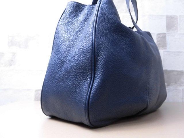 極美品(新品同様)■マイケルコース MICHAELKORS■ハンド バッグ A4可 レザー ネイビー 優秀鞄 ag9253_画像4